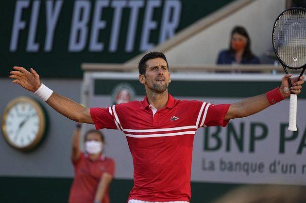 Srbský tenista Novak Djokovič je podruhé králem antukového Roland Garros.