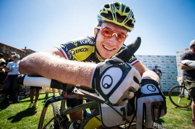 Kristián Hynek z Topeak Ergon týmu před startem jedné z etap Cape Epic 2015.