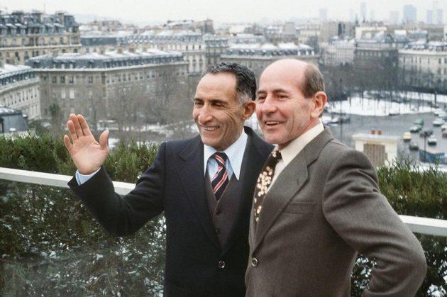 Zátopek s Mimounem zůstali přáteli dlouho poté. (Francie, Rennes, 1982)