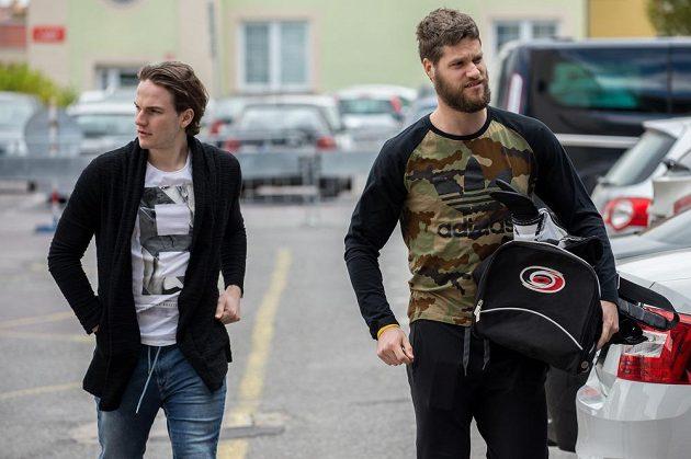 Petr Zámorský (vlevo) a Michal Jordán na srazu hokejové reprezentace ve Znojmě.