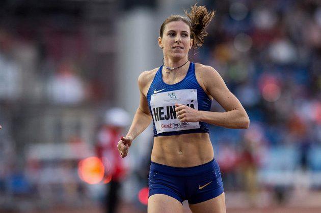 Mistryně světa Zuzana Hejnová obsadila na Zlaté tretře třetí místo.