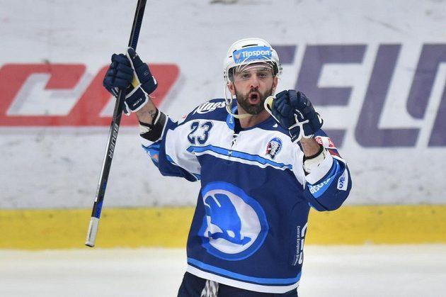 Tomáš Svoboda z Plzně se raduje z gólu v Mladé Boleslavi.