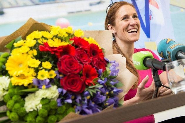 Skifařka Mirka Topinková na tiskové konferenci.
