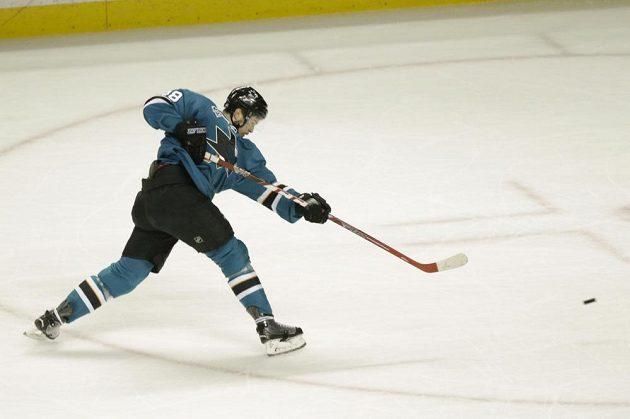 Tomáš Hertl střílí svůj první gól ve třetím finále Západní konference NHL.