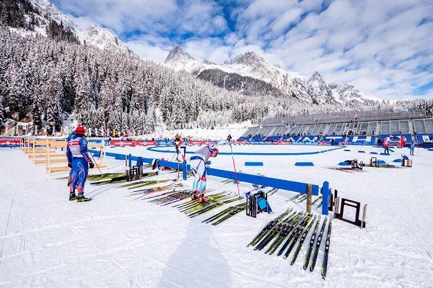 Krásné scenérie v dějišti dalších biatlonových závodů - Antholz-Anterselvě.