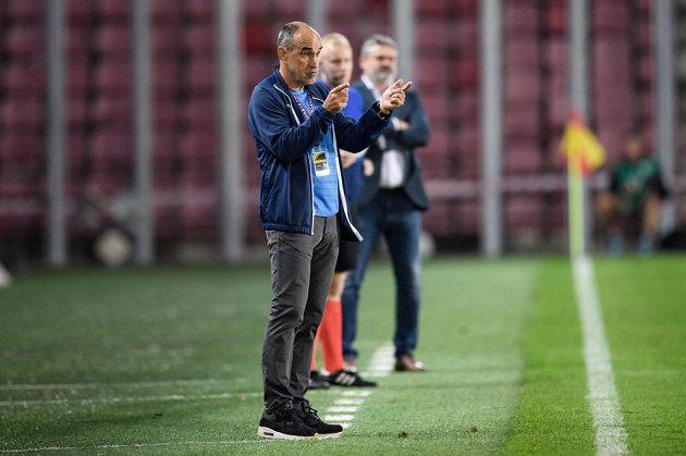 Trenér Sparty Praha Václav Kotal během utkání.