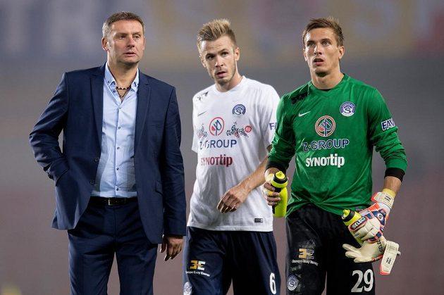 Zleva trenér Slovácka Svatopluk Habanec, Stanislav Hofmann a brankář Milan Heča po utkání na Spartě.