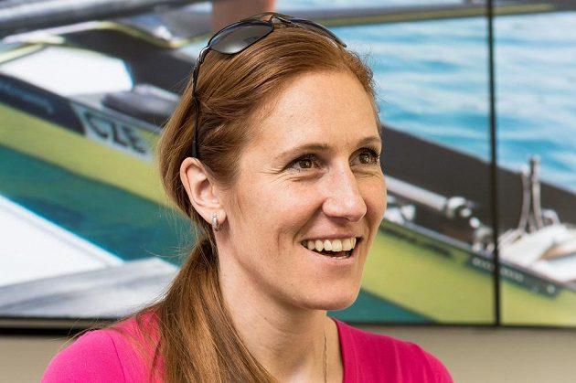 Skifařka Mirka Topinková oznámila na tiskové konferenci, že z důvodu očekávání potomka přerušuje kariéru.