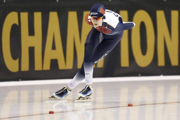 Rychlobruslařka Martina Sáblíková během závodu na 5000 metrů na MS v Heerenveenu.