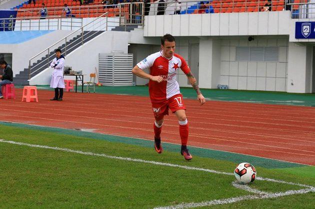 Nová posila Jan Sýkora během zápasu s klubem Chaj-kchou Po-jing.