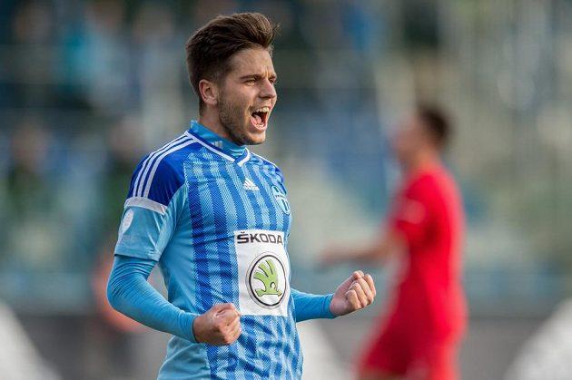 Záložník Mladé Boleslavi Aleš Čermák oslavuje gól.