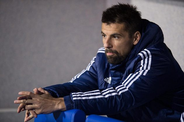 Náhradník Milan Baroš během utkání se Slavií.
