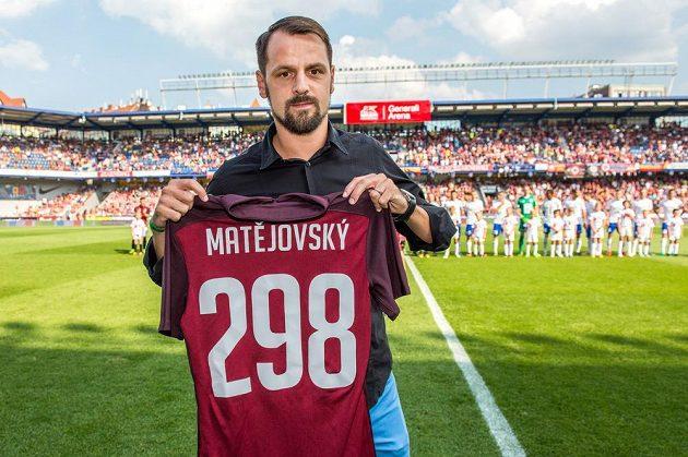 Marek Matějovský se před zápasem rozloučil se Spartou.