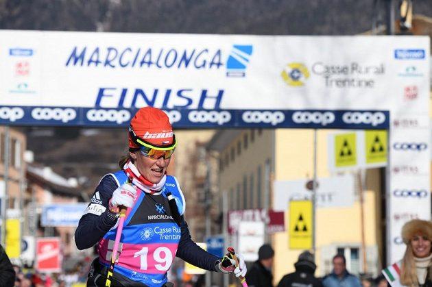 Kateřina Smutná projela cílem Marcialongy s metrovou ztrátou na vítěznou Brittu Johanssonovou Norgrenovou.