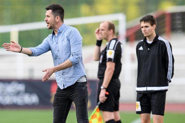Liberecký trenér David Holoubek během utkání 24. kola HET ligy, FK Dukla Praha - FC Slovan Liberec.