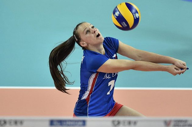 České volejbalistky si stejně jako loni zahrají v Evropské lize Final Four. Rozhodla o tom výhra nad Švédskem, v akci Veronika Dostálová.