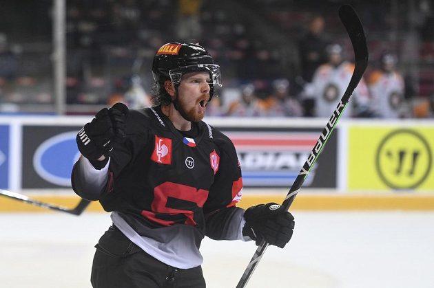David Kaše ze Sparty se raduje poté, co v prodloužení vstřelil vítězný gól Pražanů v utkání Ligy mistrů se švédským Växjö.