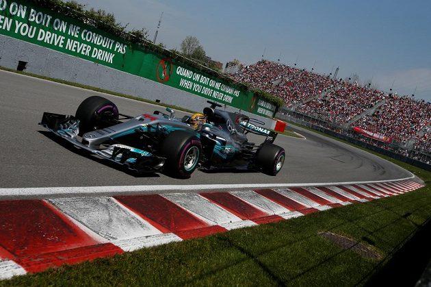 Lewis Hamilton během závodu Velké ceny Kanady.