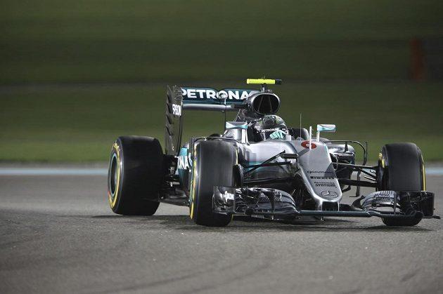 Nico Rosberg během závěrečného závodu formule 1.