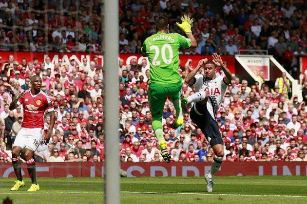 Argentinec Sergio Romero v prvním utkání nové sezóny hájil branku Rudých ďáblů.