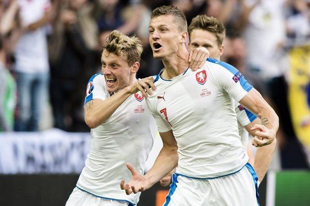 Tomáš Necid (7) se raduje z gólu v utkání proti Chorvatsku.