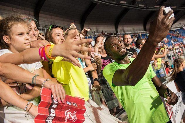 O selfíčka s Usainem Boltem byl v Ostravě velký zájem.