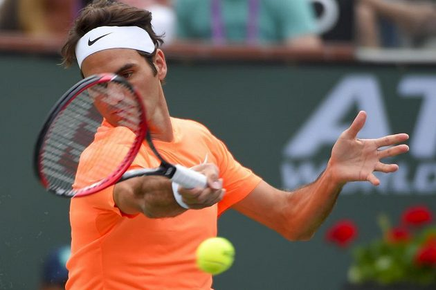 Roger Federer ve finále v Indian Wells.