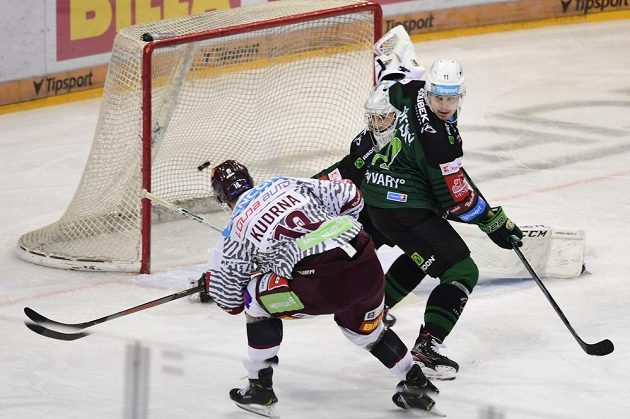 Kudrna si připsal první gól na Spartě a poslal domácí do vedení v utkání s Karlovými Vary.