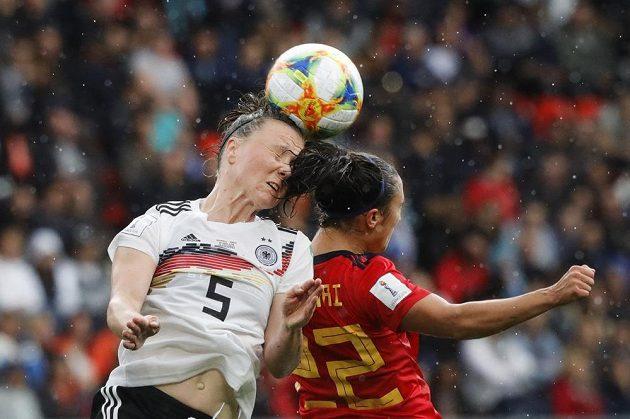 Fotbalistky Německa porazily ve svém druhém utkání na mistrovství světa soupeřky ze Španělska těsně 1:0.