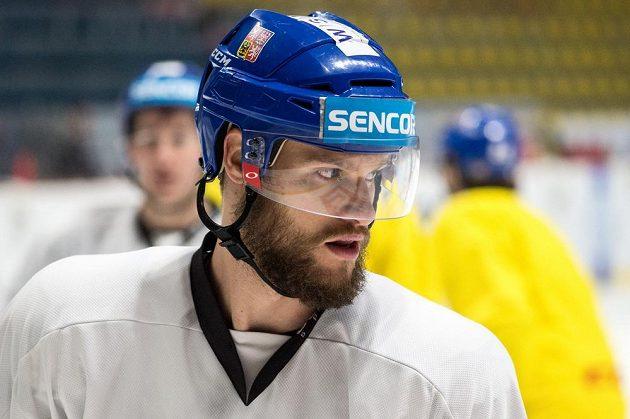 Obránce Michal Jordán během tréninku hokejové reprezentace ve Znojmě.