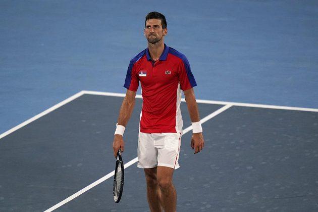 Srbský tenista Novak Djokovič si o zlato pod pěti kruhy nezahraje