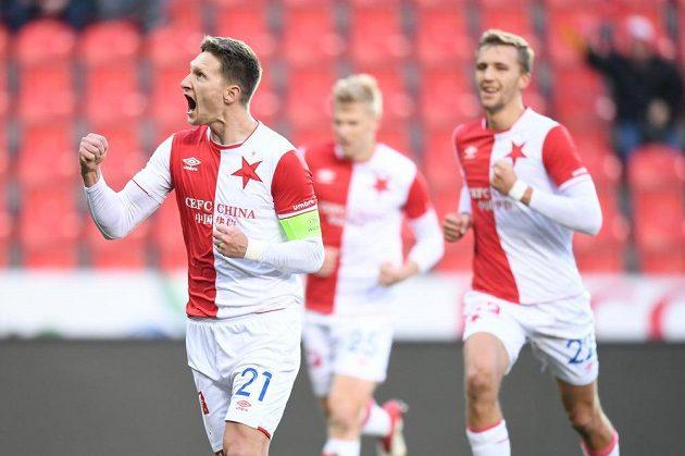 Slávista Milan Škoda jásá poté, co v 1. půli čtvrtfinálového duelu MOL Cupu proti Liberci otevřel skóre z penalty.