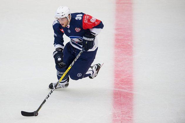 Plzeňský útočník Jakub Lev během utkání hokejové Ligy mistrů se Stavangerem.