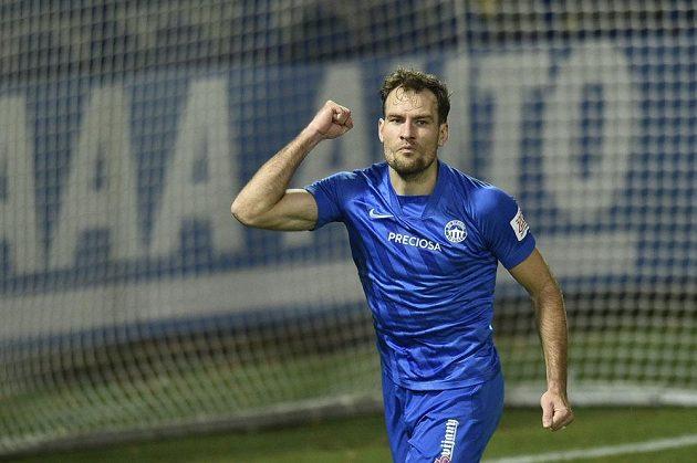 Michael Rabušic z Liberce se raduje z gólu v utkání se Slováckem.