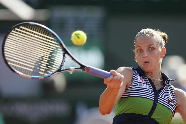 Karolína Plíšková v semifinálové bitvě na Roland Garros.