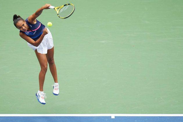Leylah Fernandezová ve finále US Open recept na Emmu Raducanuovou nenašla.