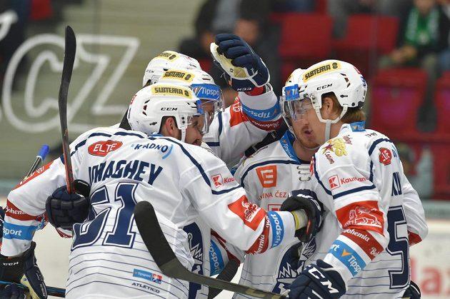 Radost hokejových Rytířů Kladno v extraligovém utkání.
