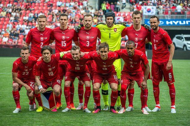 Základní sestava českého týmu proti Koreji.