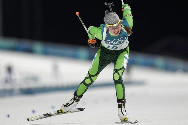 Po dvou střeleckých chybách se Darja Domračevová do medailových bojů ve sprintu nezapojila.