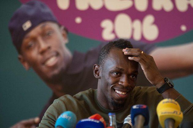 Jamajský sprinter Usain Bolt hovořil v Praze s novináři.