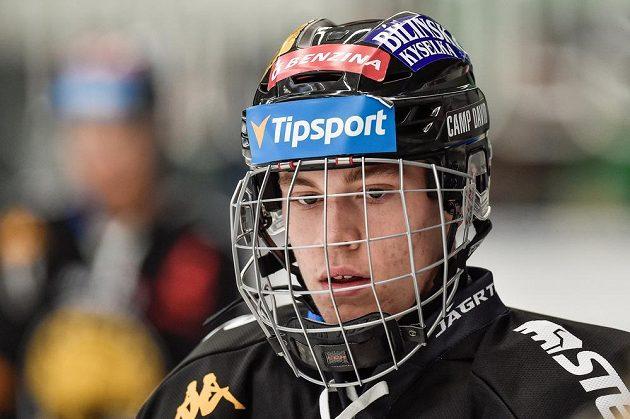 Útočník Jan Myšák z Litvínova vytvořil klubový rekord, do utkání nastoupil ve věku 16 let, dvou měsíců a dvaceti dnů.