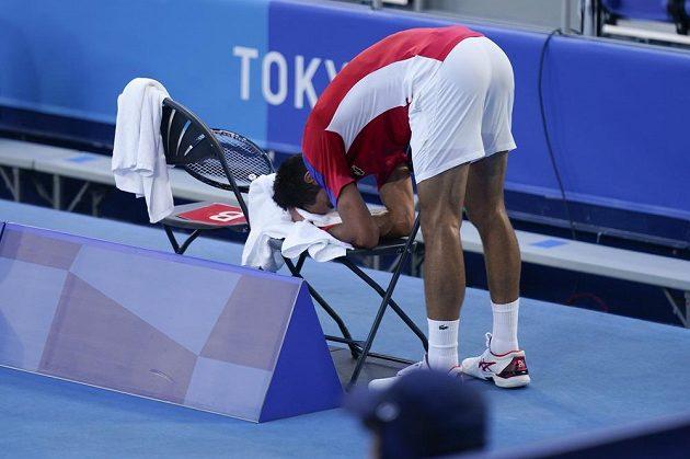 Novak Djokovič neustál tlak v boji o bronz