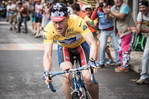 Ben Foster v roli Lance Armstronga.