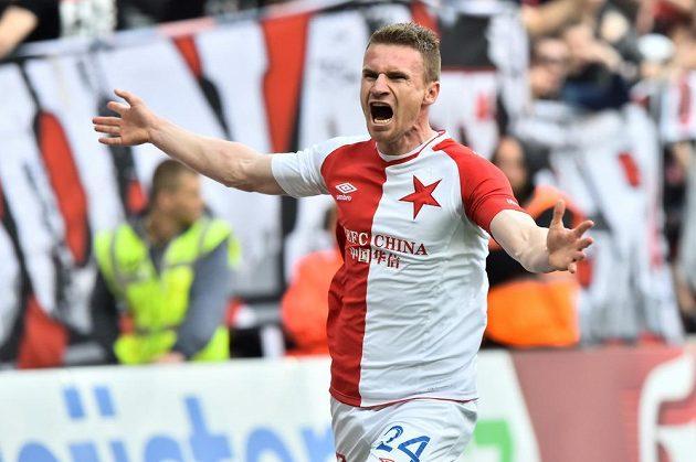 Slavia vede nad Jihlavou. Muris Mešanovič ze Slavie se raduje z gólu.