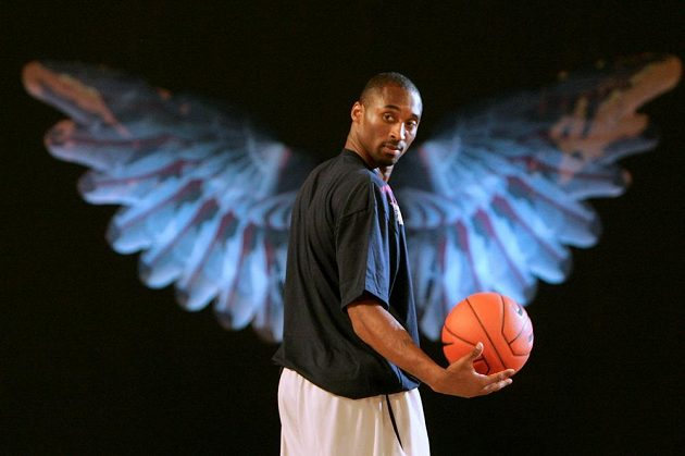 Kobe Bryant na snímku z roku 2007, kdy s Los Angeles Lakers vyrazil na asijské turné.