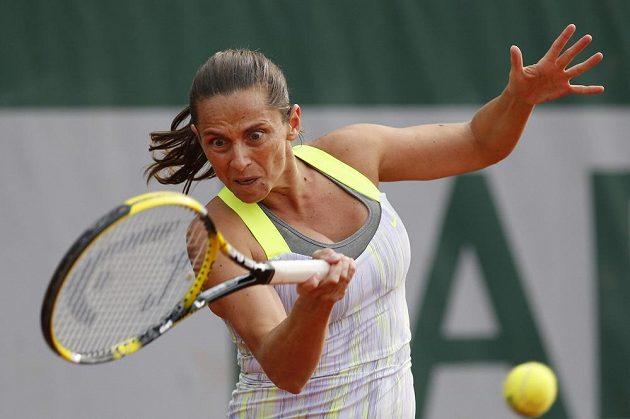 Italská tenistka Roberta Vinciová v duelu proti Petře Cetkovské.