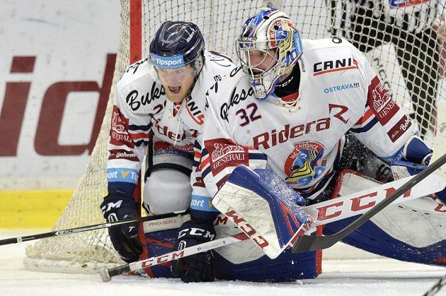 Hlavní opory Vítkovic ve druhém utkání předkola play off se Spartou - střelec obou gólů David Květoň a brankář Patrik Bartošák.