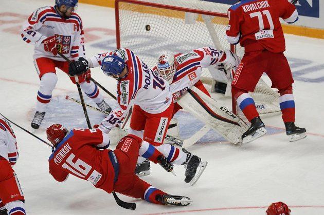 Sergej Plotnikov se bude radovat, Češi dostali další gól od Rusů na Channel One Cupu.