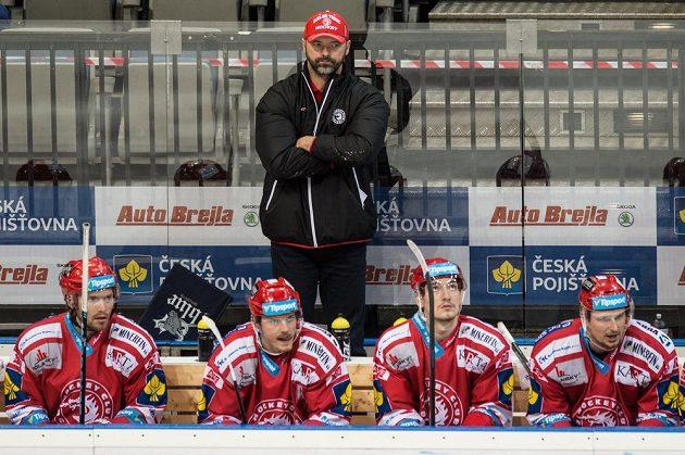 Trenér Třince Jiří Dopita během utkání proti Spartě v O2 Areně v Praze.