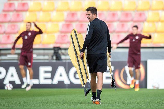 Sparťanský trenér David Holoubek během středečního tréninku před utkáním základní skupiny Evropské ligy s Interem Milán.
